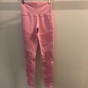 Alp Yoga pink Moto legging, sz xs, 64241